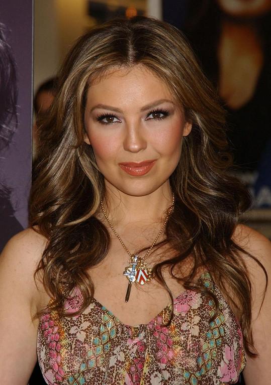 Thalia na fotce z roku 2006
