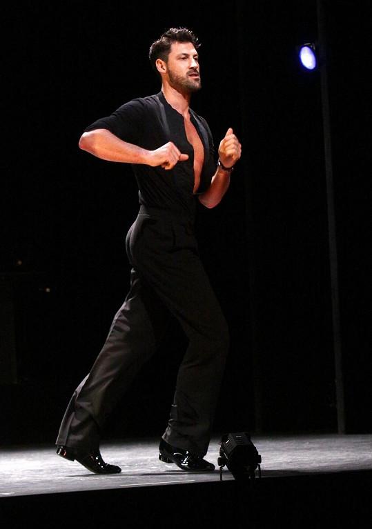 Maksim je už řadu let hvězdou taneční soutěže Dancing With The Stars.