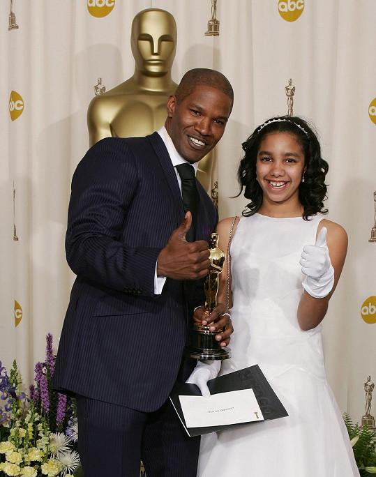 Corinne tatínka v roce 2005 doprovodila na udílení Oscarů.