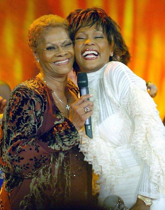 Se svou sestřenicí Whitney Houston měla velmi úzký vztah. Zpěvačky spolu také mnohokrát vystoupily.