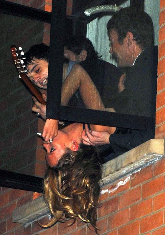 Vztah s hudebníkem byl pro Kate jednou velkou párty.