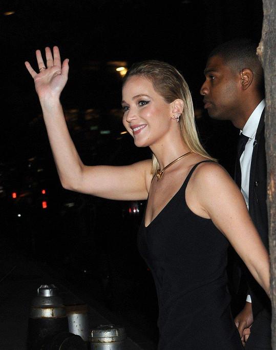 Jennifer to na premiéře velmi slušelo.
