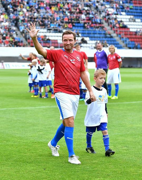Bývalý fotbalista má dvě děti. Syn Jirka (17) hraje po vzoru táty také fotbal.
