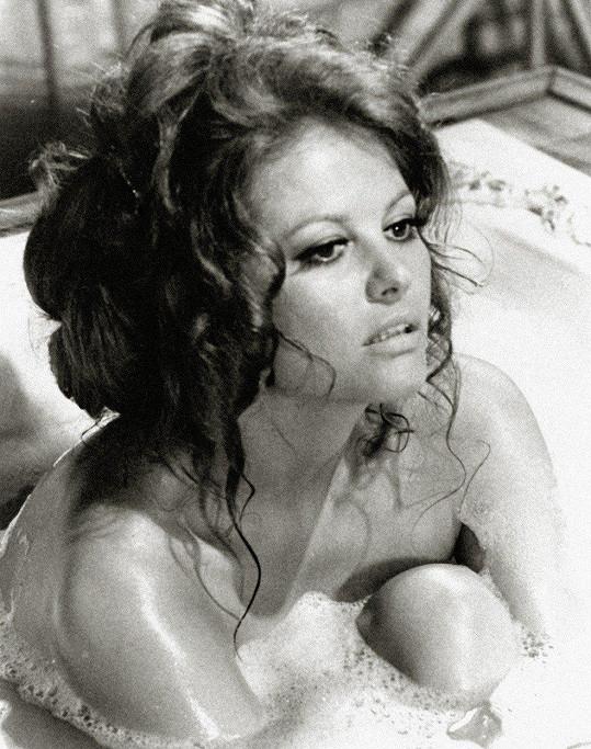 V 60. letech byla sexsymbolem.