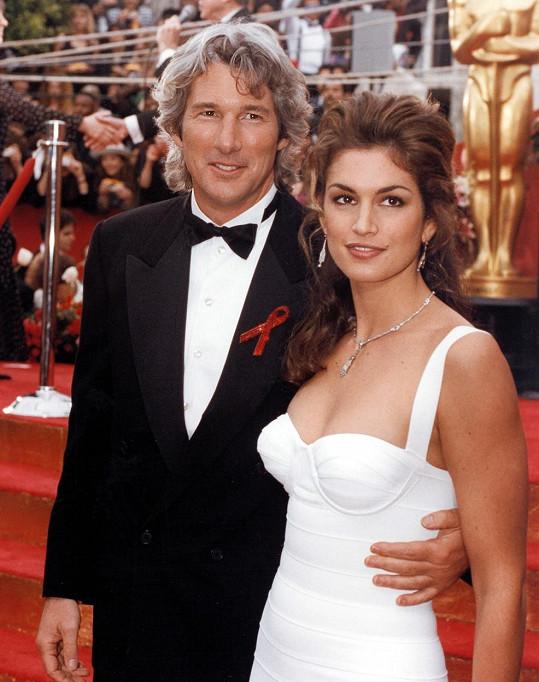 V době největší slávy se oženil s krásnou Cindy Crawford.