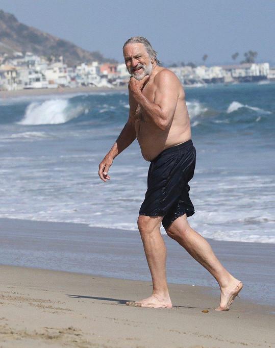 Robert De Niro (75)