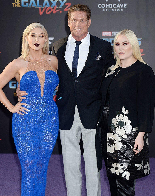 David se svými dcerami Taylor Ann Hasselhoff (vlevo) a Hayley Hasselhoff