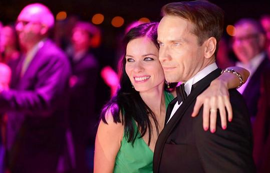 Mezi hosty nechyběl ani herec Jan Révai s partnerkou.