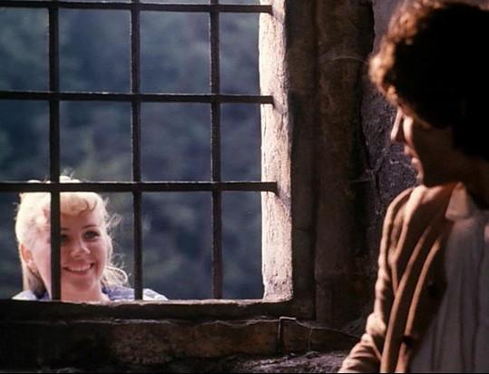 Princezna Adélka a uvězněný Petr propadli lásce i mimo kameru.