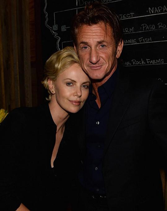 Sean Penn se svou současnou partnerkou Charlize Theron