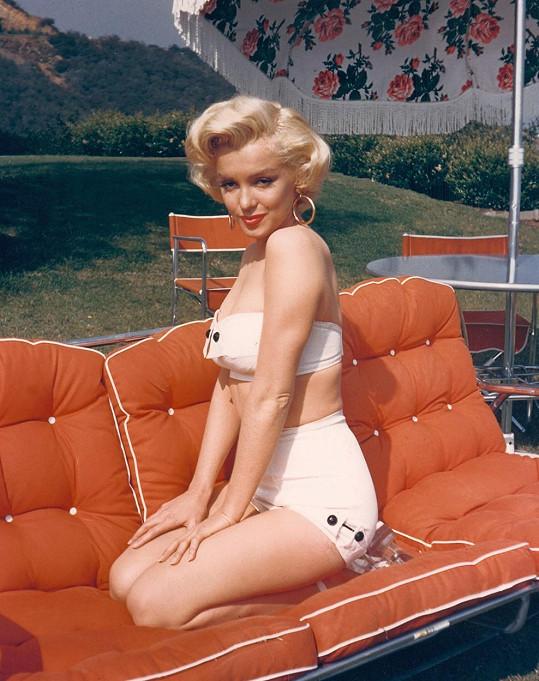 Marilyn krátce před tím, než se proslavila. Psal se rok 1953.
