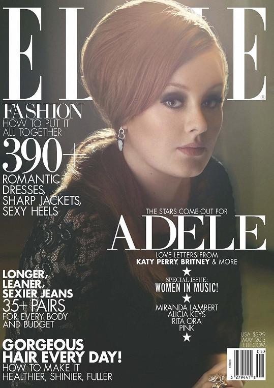 Adele to na obálce Elle náramně sluší.