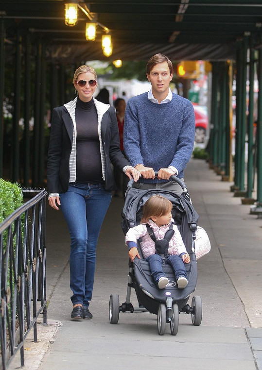 Ivanka Trump a její manžel Jared Kushner mají kluka!