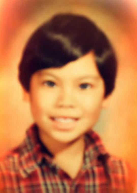 Katella Dash v době, kdy byla chlapcem.