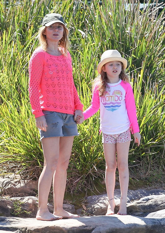 Geri s dcerou Bluebell tráví nyní většinu času v Austrálii.
