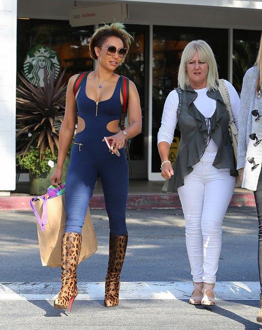 Mel B na nákupech se svou matkou Andreou