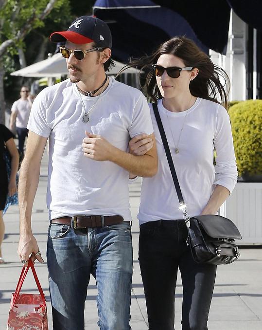 Jennifer Carpenter si se snoubencem Seanem Avettem pořídila miminko.
