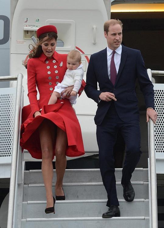 Přílet vévodkyně na Nový Zéland byl nedávno okořeněn neposednou sukénkou.