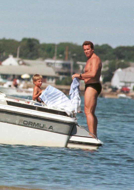 Schwarzenegger na rodinné dovolené v roce 2000