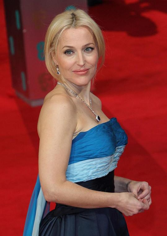 Gillian s přibývajícím věkem roste do krásy.