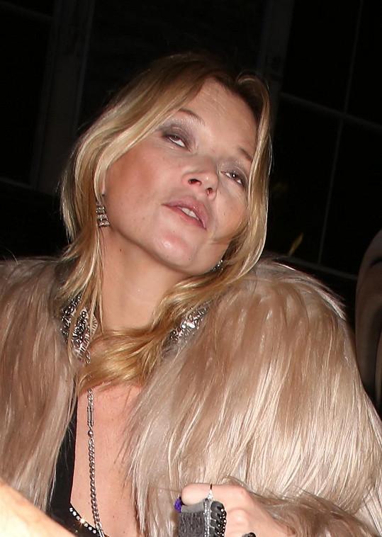 Kate Moss snad nikdy nevystřízliví.