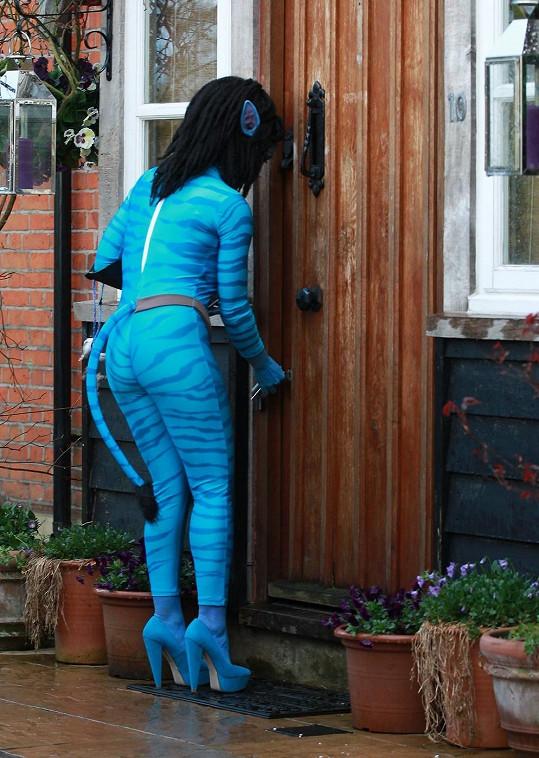 Jodie se převlékla na narozeninovou oslavu za Avatarku.