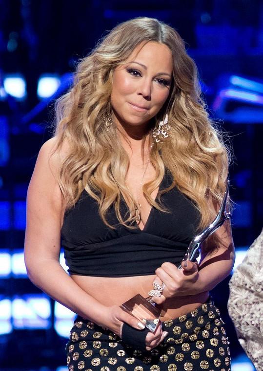 Mariah Carey vyprávěla i o svém novém hudebním počinu The Art of Letting Go.