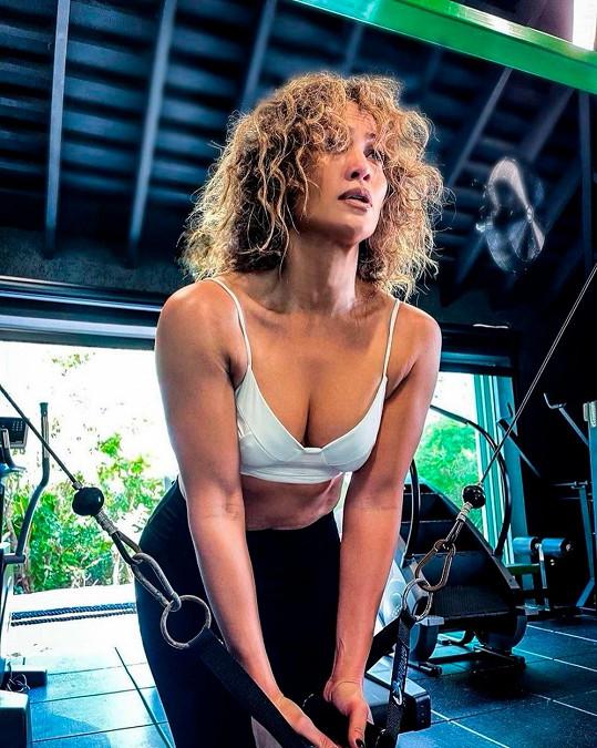 Za její postavou je silná vůle jak v jídle, tak v pravidelném cvičení.