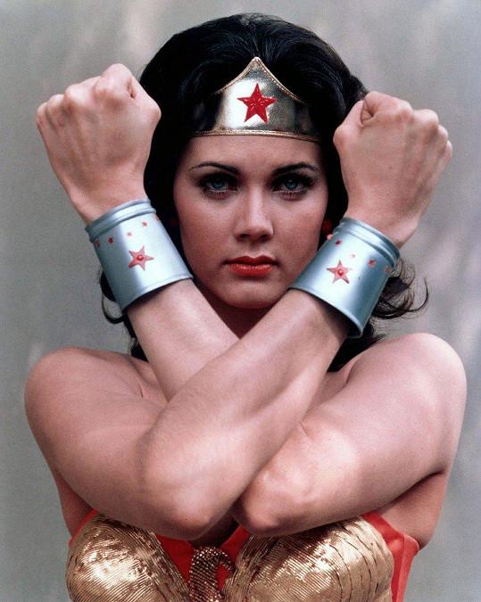 Wonder Woman v sobě dodnes nezapře.