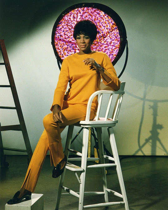 Zpěvačka Shirley Bassey