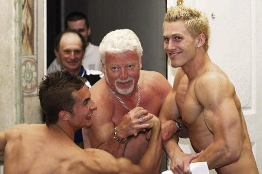 Milan Drobný se nebojí soupeřit s mladými kluky.