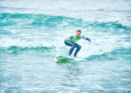 Hlaváčková surfingu zcela propadla.