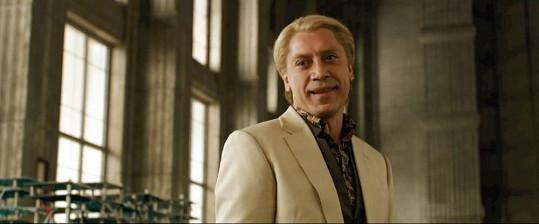 Javier Bardem jako zloduch Silva v bondovce Skyfall.