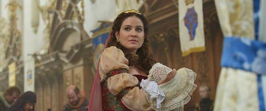 Zuzka si zahraje roli královny.