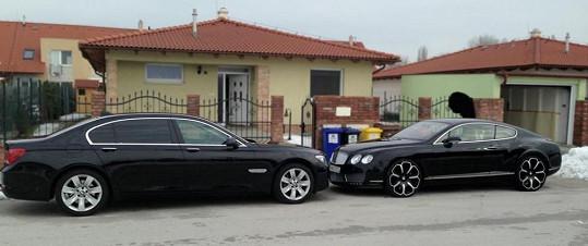 Rytmus má už dvě luxusní fára.
