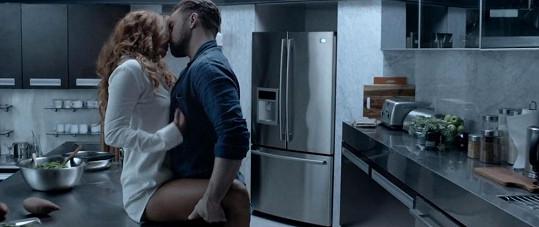 Justin Timberlake v novém klipu s Riley Keough