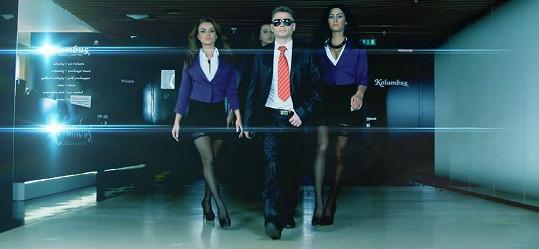 S hudbou k songu Šimkovi pomáhal DJ Magix.
