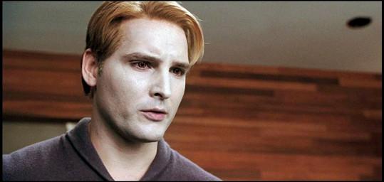 V Twilight Peter poněkud vybledl.