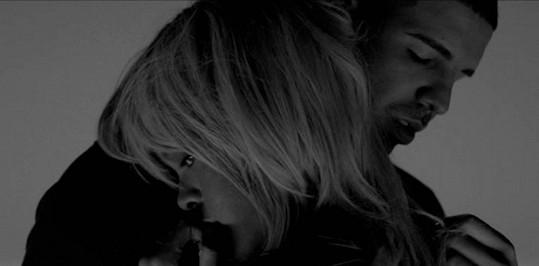 Rihanna a Drake v klipu k písni Take Care