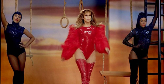 Jennifer Lopez je ztělesněním ženskosti.