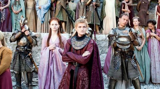 Sansa Stark a Joffrey Baratheon se v seriálu málem vzali.