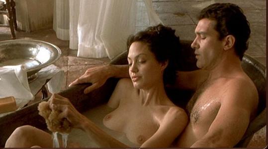 Jolie v Sedmém hříchu s Antoniem Banderasem.