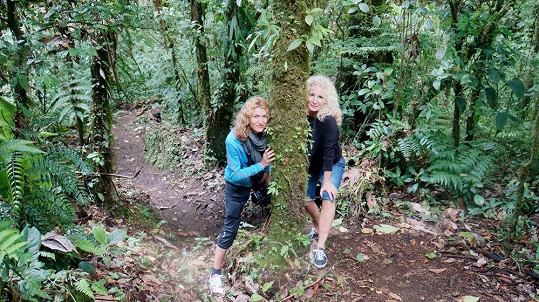 Na Kostariku vyrazila s kamarádkou Monikou.