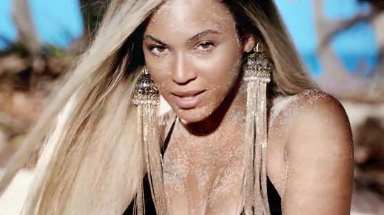 Beyoncé jako tvář značky vystřídala Lanu Del Rey.