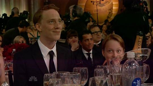 Synové Charles a Kit ve chvíli, kdy jejich maminka sdělila světu, že je lesbičkou.