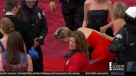 Jennifer měla na podpatcích problémy již vloni.