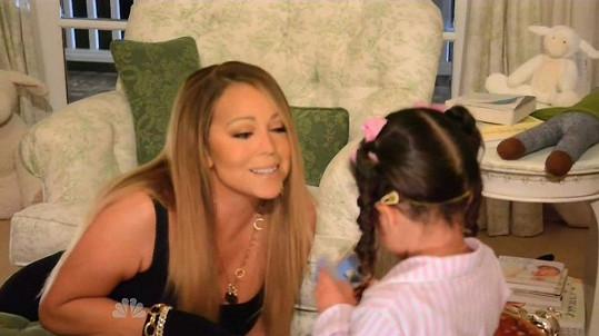Mariah Carey v televizi ukázala, jak to chodí u ní doma.