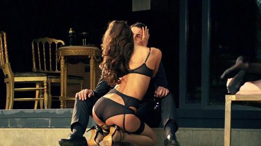 Přítelkyně Cristiana Ronalda umí sexy prádlo nosit.
