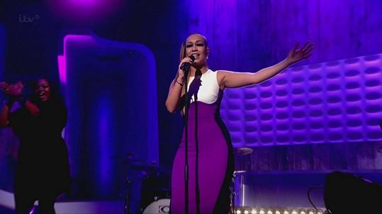 Rebecca Ferguson představila svou novou píseň trochu netradičním způsobem...