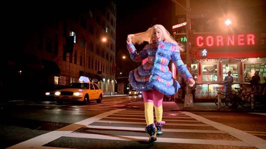 Inspirací focení byla kampaň s Nicki Minaj.
